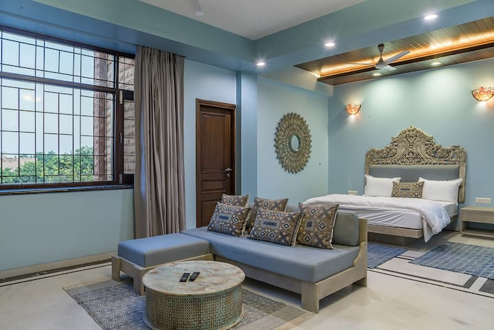 Bougainvillea - Luxurious Suite with great views
