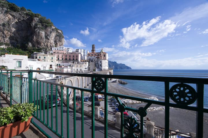 """G&G"" Atrani - Amalfi coast - sea view - beach"