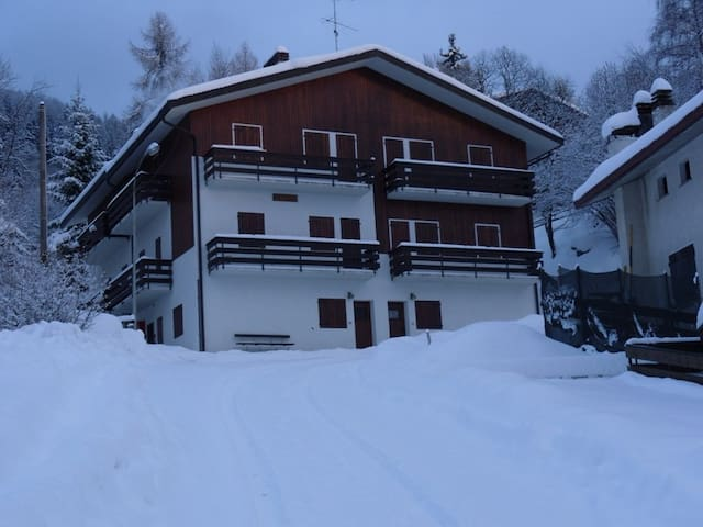 Appartamento nelle dolomiti Bellunesi - Nevegal - Apartment