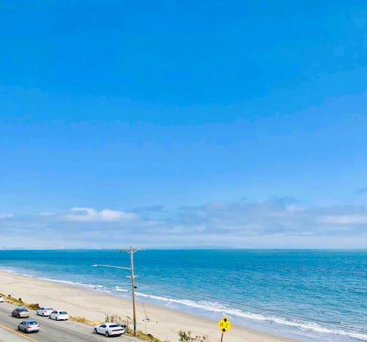 Modern Beachfront Guest Suite @ Pacific Palisades