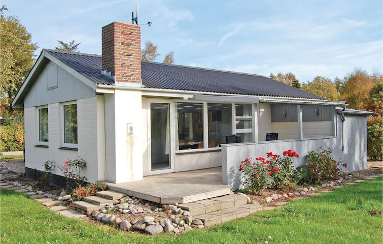 Holiday cottage with 3 bedrooms on 76m² in Sydals