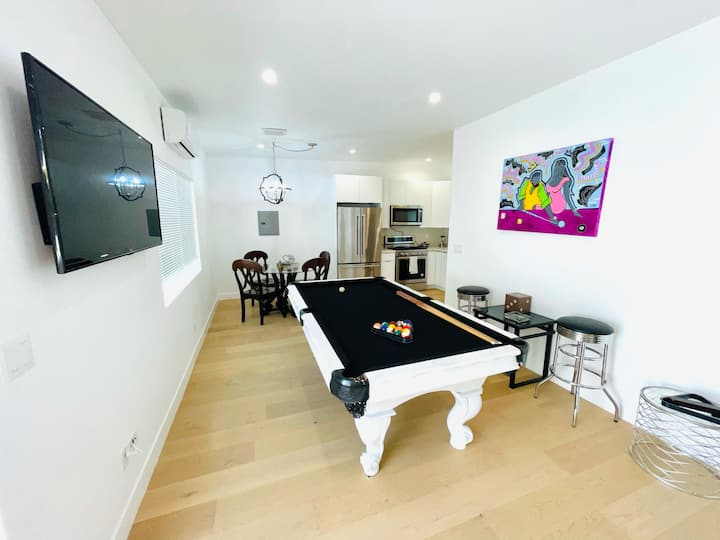 All New 1bed/1bath guest suite in West Hollywood!