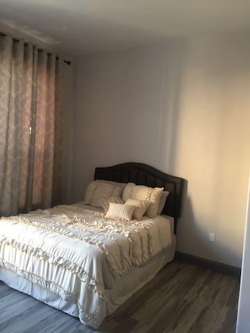 Emeryvale-Oakland-San Leandro Studio Unit Home/Apt