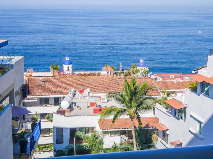 Boana Torre Malibu, Ocean View, condo 503