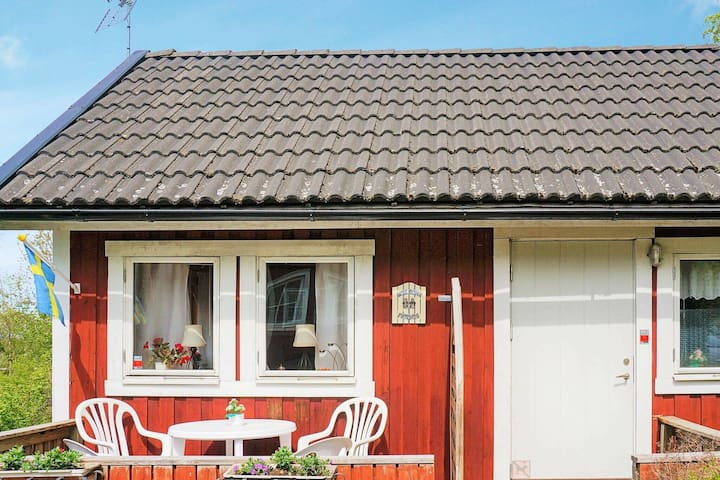 5 person holiday home in MOHOLM