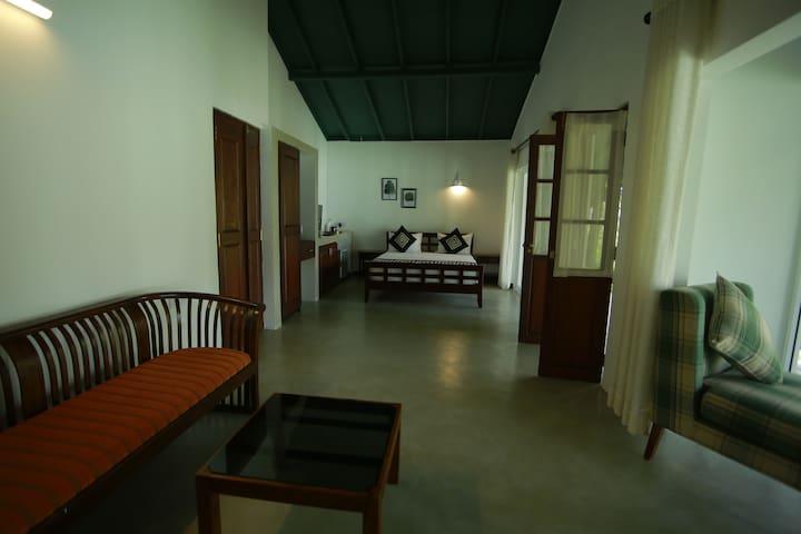 Deluxe Residency Suite