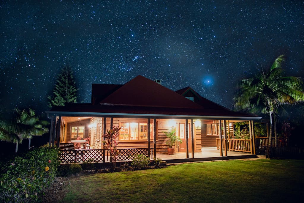 Hunky's Homestead - The Most Beautiful Starry Night you'll Ever See
