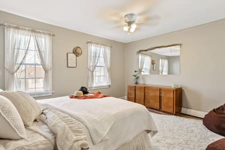 5 Beds | Great for Families and Vacationers