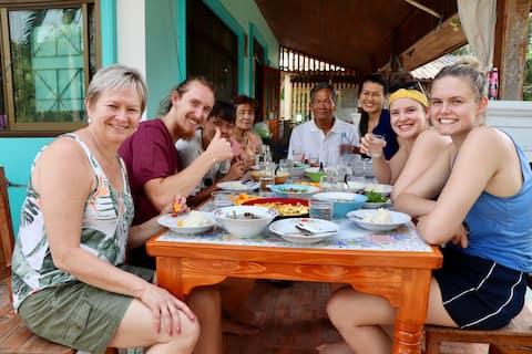 Chicken  Star Homestay - Life in a Thai Village 1