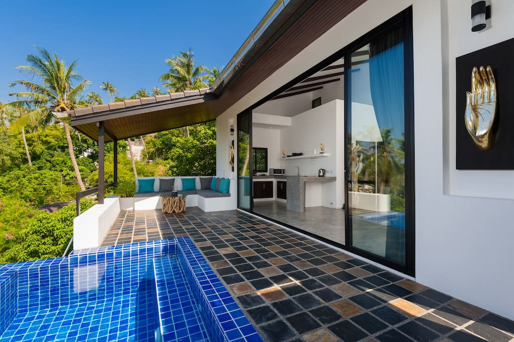 terrace, swimming pool, day bed