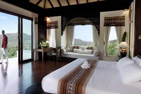Stylish, Exclusive Luxury Pool Villa Chiang Mai - Vila