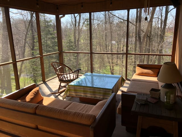 Wooded retreat only 4 miles from Hershey
