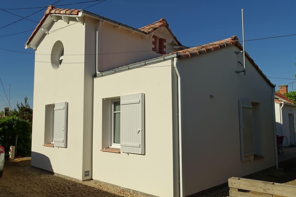 Maison neuve charme de l 39 ancien 50m de la plage maisons louer sa - Maison neuve style ancien ...
