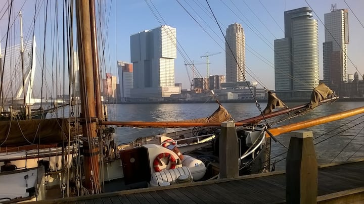 """Group accommodation """"Marie Galante"""" in Rotterdam-C"""