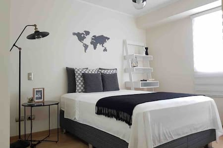Gayfriendly room+bath near Kennedy Park Miraflores