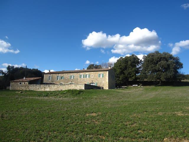 Gîte de 70 m2, homologué 3 étoiles - Céreste - House
