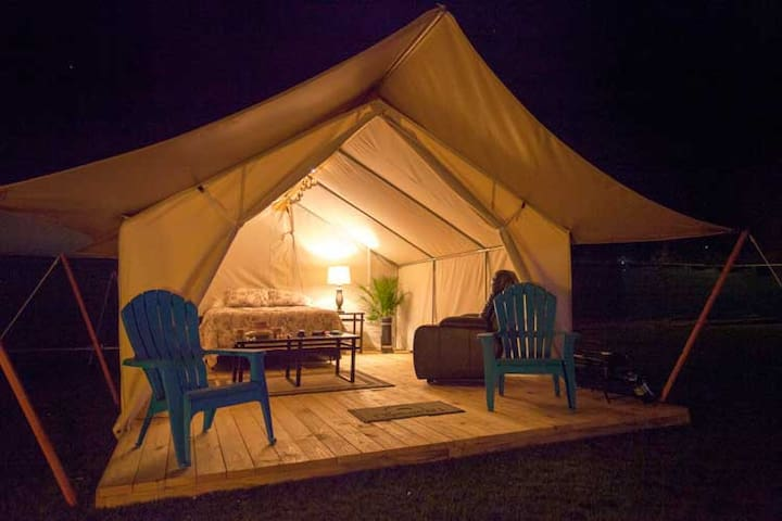 Gorgeous Imogene Pass Glamping/Catered Wall Tent