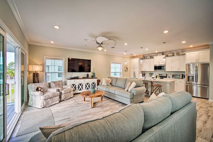 NEW! Upscale Perdido Key Resort Villa 1Mi to Beach