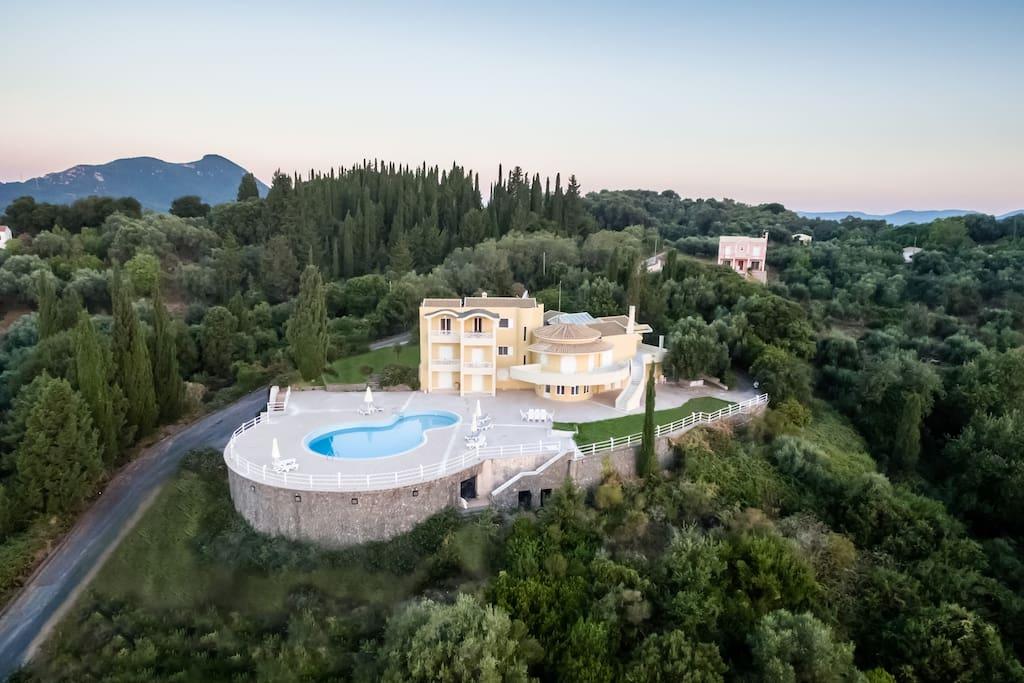 Hill House Corfu