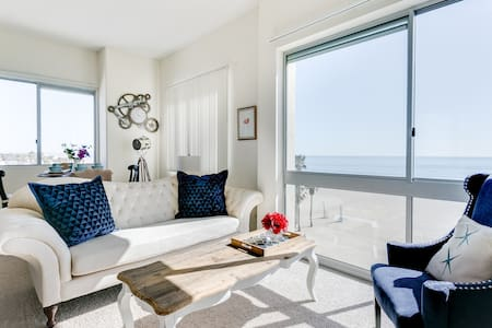 5-Star Beach Apt / Stunning Panoramic Ocean Views - Santa Monica - Lejlighed