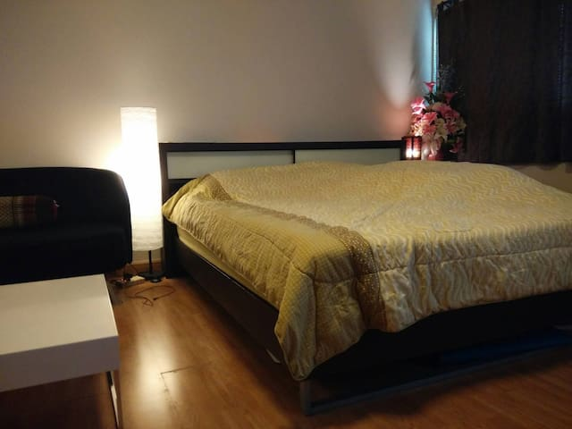New decorated room very near Impact - Pak Kret - Apartmen