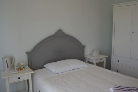 "B&B Cherry en Rose ""Single room"" - Lezzeno"