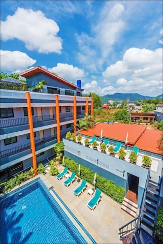 Rooftop Suite, Tiger Road, Chalong - Tambon Chalong - Apartment