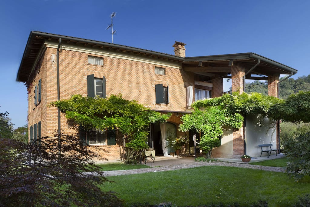 Vacanze in collina ville in affitto a salsomaggiore for Ville vacanze italia