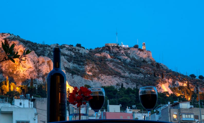 Sunny, central Lycabettus penthouse, stunning view