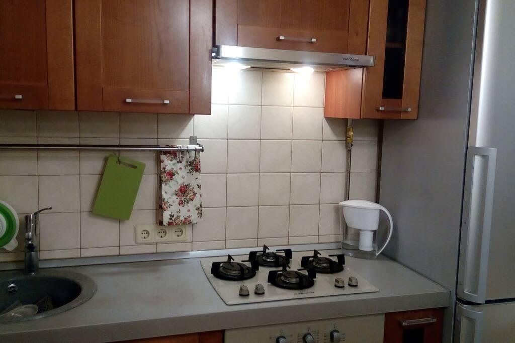 Кухня удобно и все под рукой