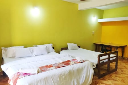 Deluxe BnB  Close To Baga-Calangute Beach