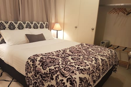 2BR Suite at the Heart of Wellington CBD