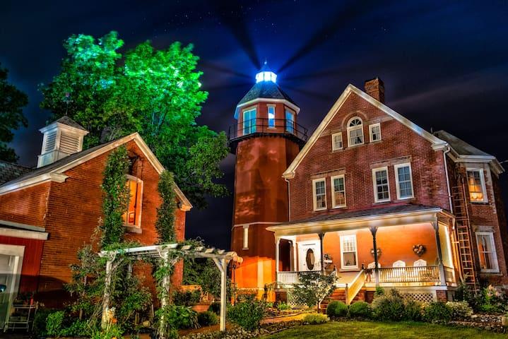 Braddock Point Lighthouse -Millar