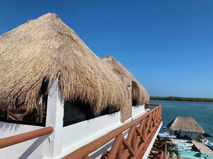 Palapa Mexico Lindo y Querido (Hotel el Faro)
