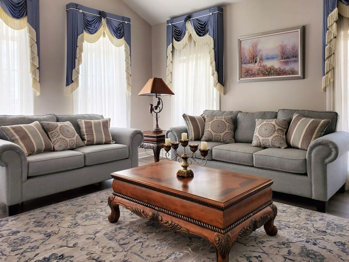 Elegant home in the Heart of Dothan