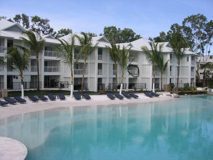 Apt 214a, The Beach Club - 1 bedroom, pool views