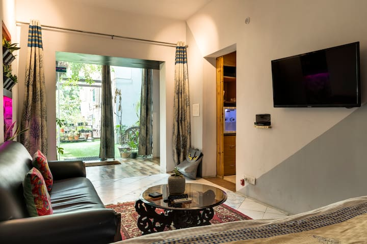green studio 1BHK apartment new Delhi coronaV safe