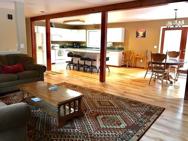 Spaciouse Family And Dog Friendly Mt. Hood Home - Mount Hood Village - 一軒家