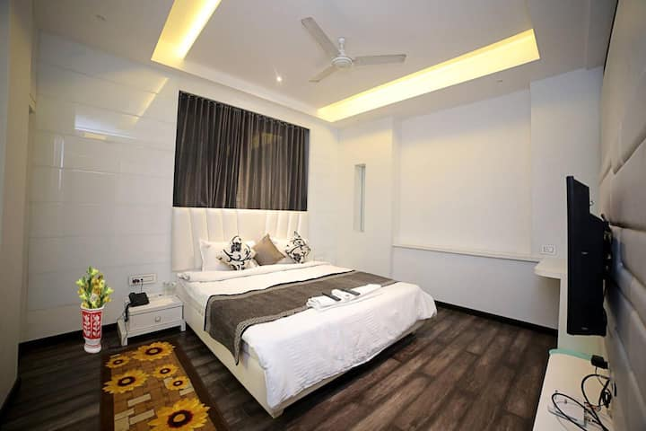 Hotel Lotus Residency, Sangli Executive Room Ac