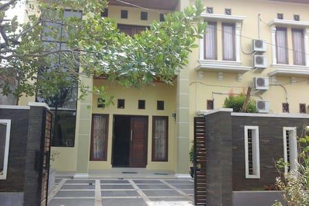 Rumah Sewa Sakinah Lolong Belanti Kamar#1 - Padang Utara - Talo
