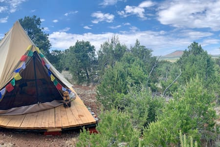 Grand Canyon Glamping Eco-Yurt for up to 4 (#2)