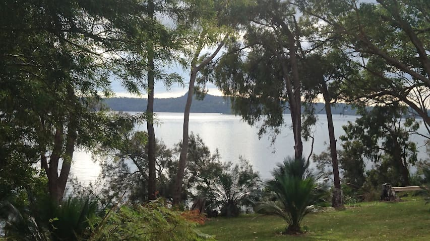 Bermagui-Wallaga Lake Frontage - Fairhaven - Wallaga Lake - Bed & Breakfast