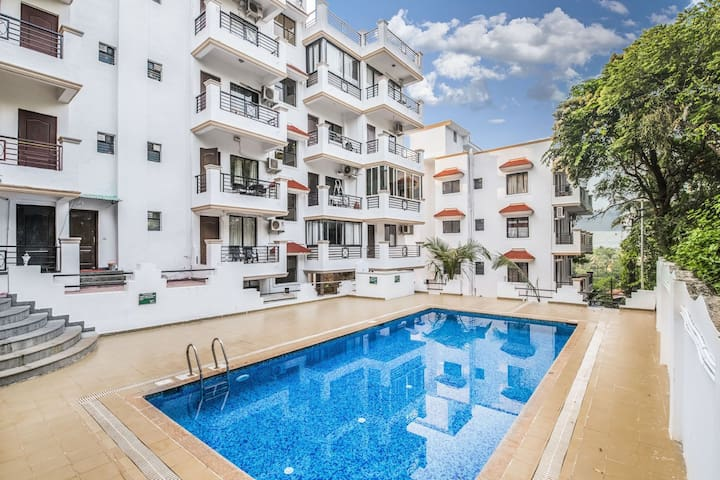 Well-appointed 2 BHK apartment with pool/67451