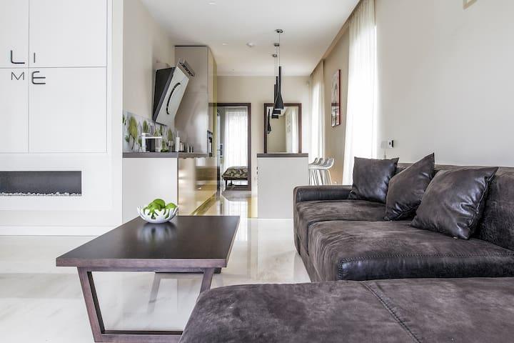 Pine Forest Lime - Klaipėda - Apartment
