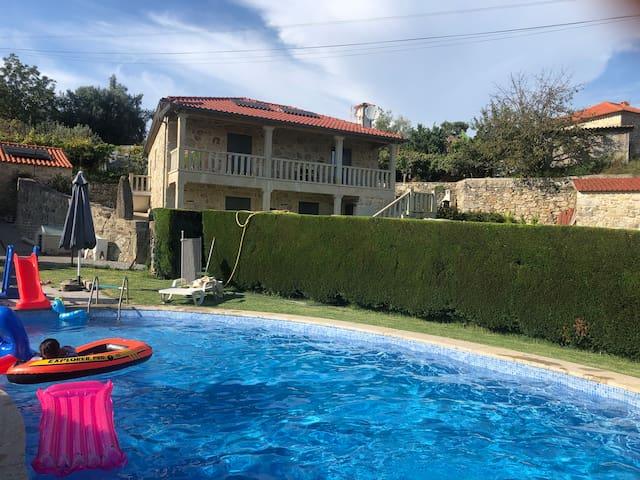 Maison sous le soleil du portugal
