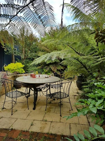 Private Courtyard Studio - Latrobe - Other