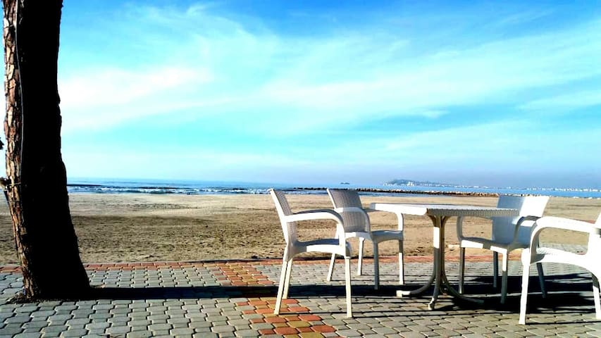 Family friendly beach house in Albania