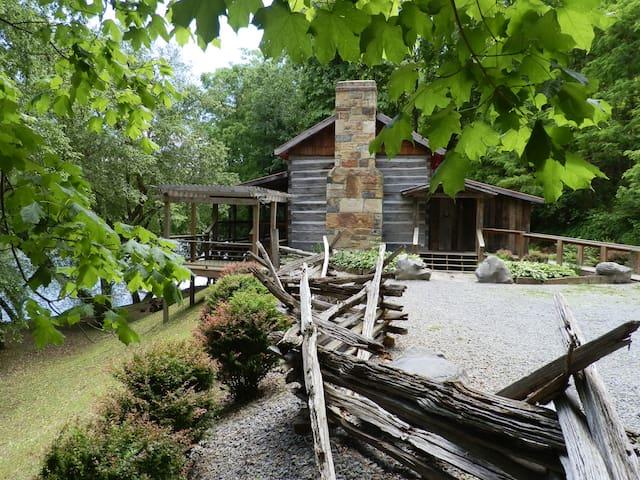 Loring Cabin