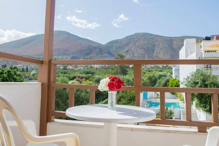 Velissarios Hotel Hersonissos - Limenas Chersonisou - โรงแรมบูทีค