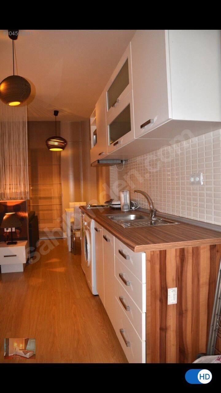 Designed Central Apartment 3